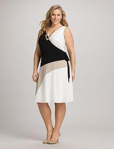 Plus Size Neutral Colorblock V-Neck Dress