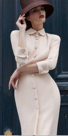 Элегантное платье  #платье #Элегантное Petite Fashion, French Fashion, Timeless Fashion, Vintage Fashion, Womens Fashion, Fashion Shoot, Fashion Dresses, Cute Dresses, Vintage Dresses