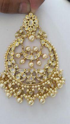 by norma Tikka Jewelry, Headpiece Jewelry, India Jewelry, Traditional Indian Jewellery, Silver Jewellery Indian, Silver Jewelry, Dainty Jewelry, Rajput Jewellery, Pakistani Jewelry