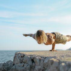 Alessandro sigismondi yoga photographer
