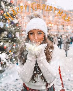 Ideas For Photography Poses Women Winter Pictures Winter Senior Pictures, Winter Pictures, Winter Images, Snow Photography, Photography Poses, Christmas Photography, Abstract Photography, Levitation Photography, Experimental Photography