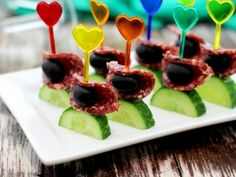 Canapes with cucumber – recipe with photo Finger Food Appetizers, Finger Foods, Appetizer Recipes, Cute Food, Good Food, Yummy Food, Tapas, Cucumber Recipes, Food Humor