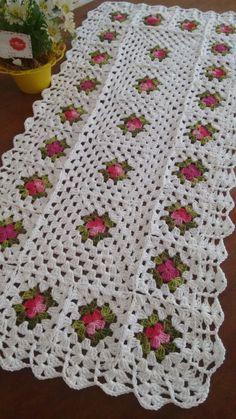Amazing TUNESIAN CROCHET knitting patterns are easy to crochet tuttrilho de crochñeorial Crochet Doily Patterns, Granny Square Crochet Pattern, Crochet Squares, Crochet Motif, Crochet Designs, Crochet Doilies, Crochet Flowers, Crochet Stitches, Knitting Patterns