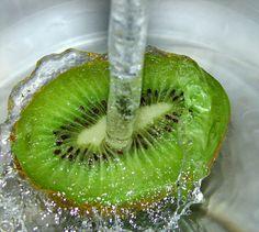 Le proprietà del kiwi sulla pelle e le ricette migliori per gustarlo