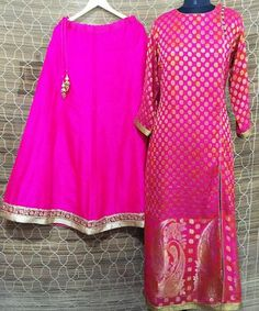 This wedding season bring in the anokherang colors into your wardrobe with this Pink and Red Paisley combo.the side slit; the Paisley add the spunk required t Simple Pakistani Dresses, Indian Gowns Dresses, Indian Fashion Dresses, Indian Outfits, Dress Indian Style, Indian Wear, Long Kurti With Skirt, Lehnga Dress, Bandhani Dress
