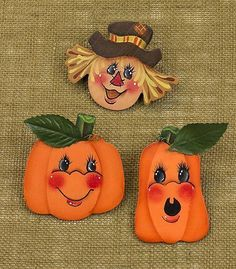 Create this project with Americana® Acrylics — Add faces, full of expression and color, to wooden shapes to create unique fall fashion accessories. Fall Wood Crafts, Halloween Wood Crafts, Halloween Rocks, Pumpkin Crafts, Halloween Pumpkins, Fall Halloween, Halloween Decorations, Hand Painted Gourds, Painted Pumpkins
