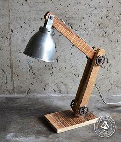 Op zoek naar een lamp met karakter? - Lifestyle & Wonen http://www.lifestylewonen.nl/op-zoek-naar-een-lamp-met-karakter/