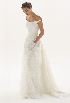 Brides: Le Spose di Giò. Off the shoulders, organza beaded dress, with full…