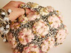 fiberartlover:  Mini box bag made with handspun yarn, industrial...