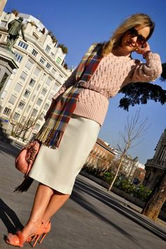 LADY IN PINK //  Vince Camuto sweater // Zara leather midi skirt // Uterque heels // Coach bag // Aldo scarf // www.myladytrends.com