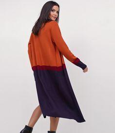 Casaco feminino  Modelo alongado  Tricolor  Marca: Cortelle  Tecido: retilínea  Composição: 100% acrílico  Modelo veste tamanho: P       Medidas da modelo:     Altura: 1,73  Busto: 78  Cintura: 61  Quadril: 89     COLEÇÃO INVERNO 2017     Veja mais opções de    blusas femininas   .