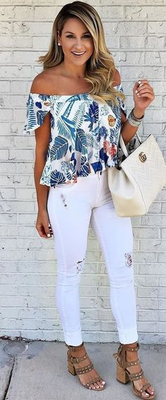 Womens style: summer ootd top   bag   rips