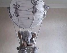 Winnie the Pooh Hot Air Balloon Nursery Sombra ligera 16 Balloons, Balloon Lights, Hot Air Balloon, Balloon Party, Elephant Baby Rooms, Little Elephant, Baby Room Lighting, Nursery Lighting, Hanging Lamp Shade