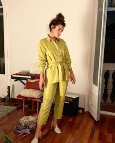 Vogue Korea, V Magazine, Christy Turlington, Khaki Pants, Lifestyle, Instagram, People, Doutzen Kroes, Outfits
