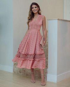 53 Best Ideas For Moda Femenina Ideas Vestidos Modest Outfits, Dress Outfits, Casual Dresses, Fashion Dresses, Summer Dresses, Dress Skirt, Lace Dress, Dress Up, Lady Like