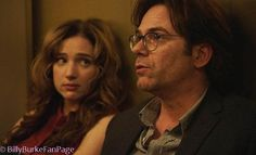 Billy Burke and Kristen Connolly in Zoo Cbs Zoo, Zoo Tv Show, Billy Burke, Netflix, Best Tv Couples, Zoo Photos, Current Tv, Tv Show Quotes, Famous Faces
