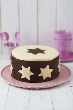 Blog Dit i Fet | Pastel de estrellas relleno de mousse de chocolate