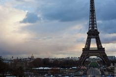 Lovely #Paris - #EiffelTower    Photo: (c) mohamedkhalil.tumblr.com  Great artist, click  the link to have a look at his pictures :)  Planning a trip to Paris? Book a #room  at Cadran #Hotel www.cadran-hotel-gourmand.com