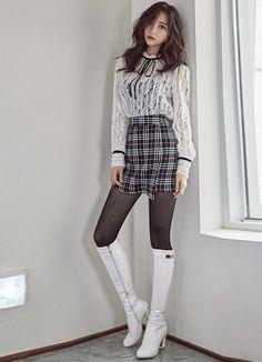[루이스엔젤] (더 유닛/현아 협찬)레베카 레이스 벨벳리본 블라우스 - 유피룩 클럽/파티룩 패션순위 - 유피룩