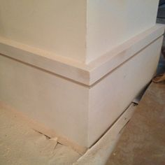Mdf contemporary baseboard rona 1 2 x5 for Modern baseboard molding styles