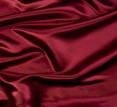 Escolher tecidos para roupas de festa