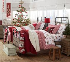 Bringing the Magic of the Holidays to your Kids' Bedroom. I pair with @Restonic SleepBlog to transform your child's holiday bedroom into a wonderland. #bedroomtherapy #kids #holidays #Christmas #bedroom #decor #interiors
