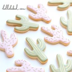 little pastel cactus cookies // Hello baked