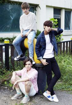 ize Magazine, August 2015 E-book : S.Coups, Mingyu, and Vernon