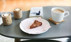 Brownies au chocolat – Ally Bing Brownies, Tableware, Desserts, Vegetarische Rezepte, Chocolates, Recipes, Cake Brownies, Tailgate Desserts, Dinnerware