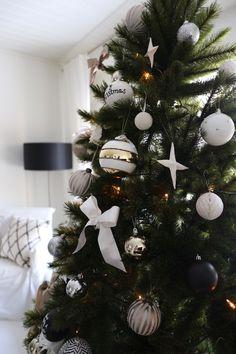Nordic Christmas, Coastal Christmas, Christmas Love, All Things Christmas, Winter Christmas, Vintage Christmas, Christmas Crafts, Christmas Decorations, Holiday Decor