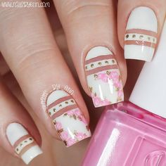 Negative Space Pink Floral Nails | @nails_by_erin