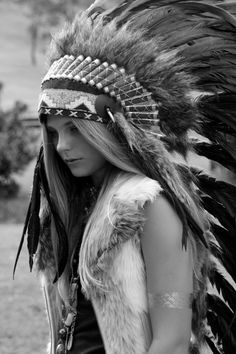 American Indian Girl, Native American Girls, Native American Pictures, Native American Beauty, Indian Pictures, Native American History, American Indians, Red Indian, Native Indian