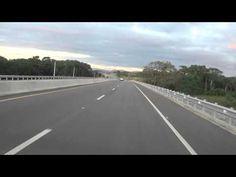 Avenida Circunvalacion en ruta de Villa Mella hacia el kilometro 22 de l...