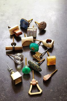 Where to Buy Hardware for Painted and Vintage Furniture - The Weathered Door Kitchen Hardware, Home Hardware, Vintage Furniture, Diy Furniture, Painting Hardware, Art Deco, Drawer Pulls, Drawer Knobs, Cozy Place