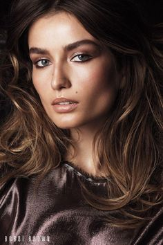 Andreea Diaconu stars in Bobbi Brown Cosmetics' fall 2017 campaign Makeup brand Bobbi Brown Cosmetics delivers glamorous beauty looks with the launch of its fall 2017 campaign. Photographed by Lachlan Bailey, the images star models Andreea Diaconu, Alicia Burke and Sasha Kichigina. From understated, neutral eyeshadows to vibrant lip colors, these looks will have you... [Read More]