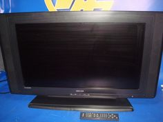 televisor buen estado TV BASIC LINE MODEL BL 32720 hd v32 pulgadas