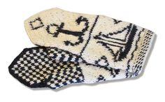Tee itse somat perinnelapaset: 17 maakuntaa, 17 ohjetta   ET Knitting Socks, Knit Socks, Mittens, Villa, Wool, Pattern, Gloves, Fingerless Mitts, Patterns