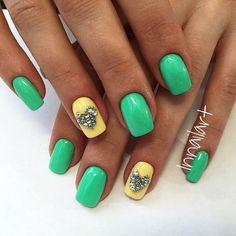 Green Gel Nail Art Designs 2016