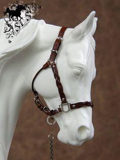 CM Model Horse Traditional Show Halter for Breyer Peter Stone