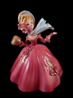 Josef Originals Figurine MY FAVORITE THINGS Series Lady Scarf Muff Snowflake