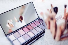 assortment of makeup Make Up Kits, Eyeshadow Looks, Eyeshadow Palette, Cream Eyeshadow, Makeup Palette, Concealer, Beauty Secrets, Beauty Hacks, Beauty Trends