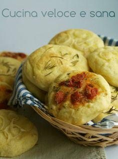 Focaccine di patate, ricetta lievitati salati | Cucina veloce e sana