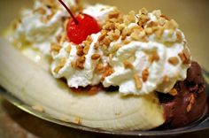 August 25 is National Banana Split Day | Bananas and Articles