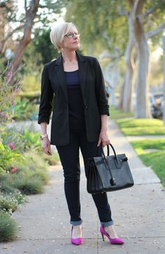 5349680be5025 64 Best Mom Friendly Fashion images | Maternity Fashion, Maternity ...