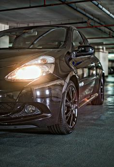 The Vader is here. Renault Clio RS