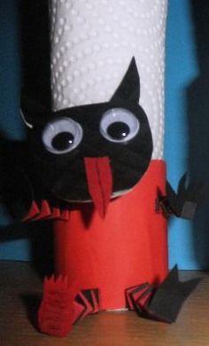 ČERTovský držáček ubrousku z ruličky od toaletního papíru Bat Signal, Superhero Logos, Minions, Halloween, Fictional Characters, Art, Bricolage, Art Background, The Minions