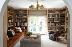 We present you today the Best interior design projects by Nate Berkus. Nate Berkus is an American interior designer, author, TV host and television personality. Nate Berkus, Interior Design Pictures, Best Interior Design, Style At Home, Bookshelves Built In, Bookcases, Built Ins, Bookshelf Design, Home Decor Trends