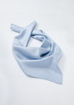 Damentuch himmelblau in Seide