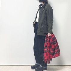 2017/11/15 23:00:40 chiharu1978 … 明日も❄︎かな‥ どうか 晴れますように‥ : : : : : : 明日は赤チェックおやすみ させようかな 笑 #コーデ #今日のコーデ #着画 #コーディネート #着画くらぶ #fashion #fashionblog #UNIQLO #ユニクロ #ワッフルクルーネックt #yaeca #デニム #barbour #バブアー #blundstone #ブランドストーン #cocaストール #coca #チェック #blog #blogger #blog更新 #blog更新しました