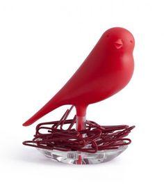 Porte trombones oiseau rouge QUALY, adorable petit oiseau qui prend soin de mes trombones